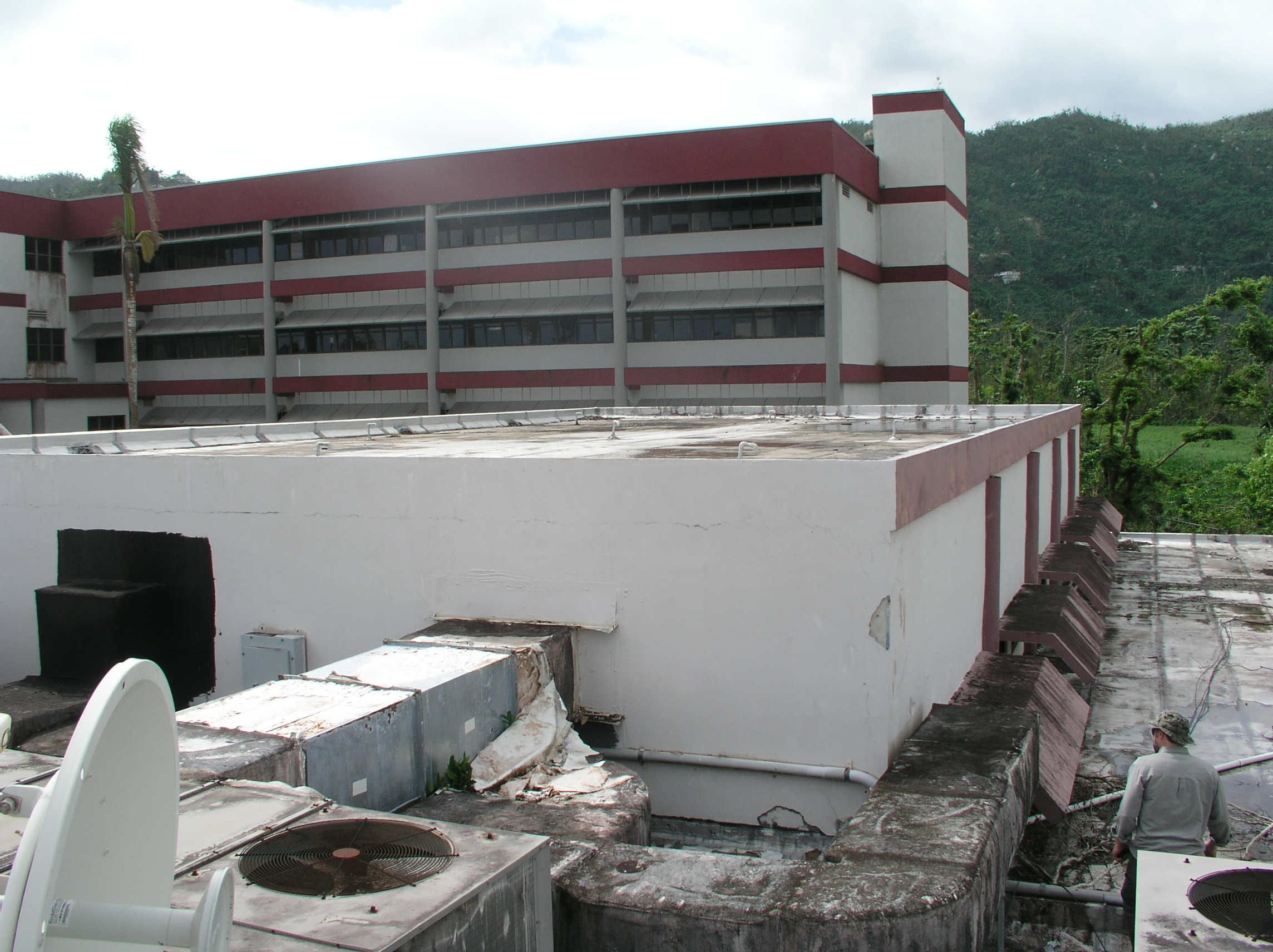Yabucoa Library/Refuge Roof